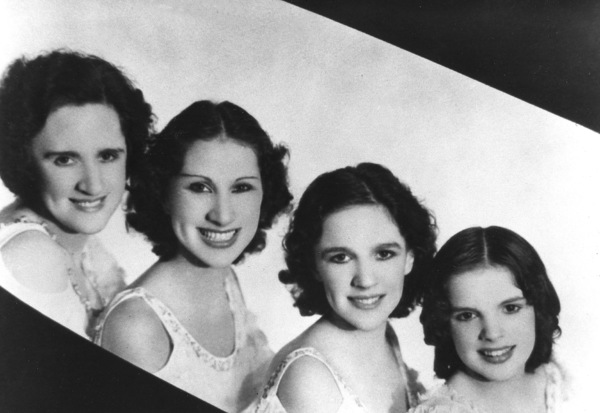 Judy Garland with mother Ethel Gumm, sisters Mary Jane and Virginiacirca 1928**R.C. - Image 0733_2092