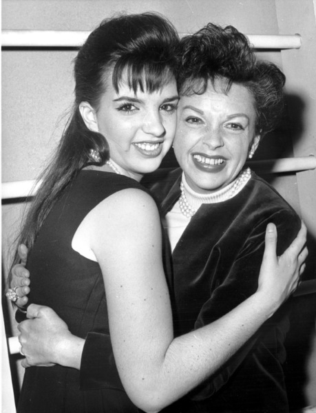 Liza Minnelli & Judy Garland backstage after Minnelli