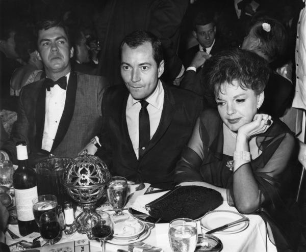 Judy Garland and husband Mark Herron1965© 1978 Joe Shere - Image 0733_2312