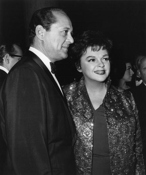 Judy Garland and husband Sid Luft at the Golden Globe Awards showcirca 1960© 1978 Joe Shere - Image 0733_2316