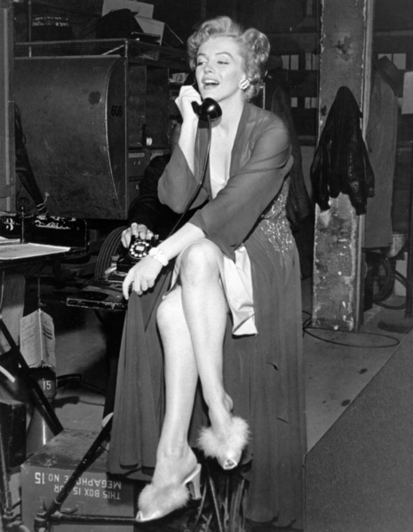 "Marilyn Monroe behind the scenesof ""Don"