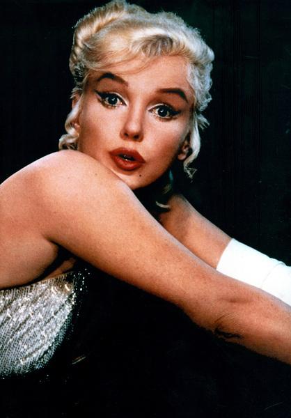 Marilyn Monroe, c. 1958. - Image 0758_0610