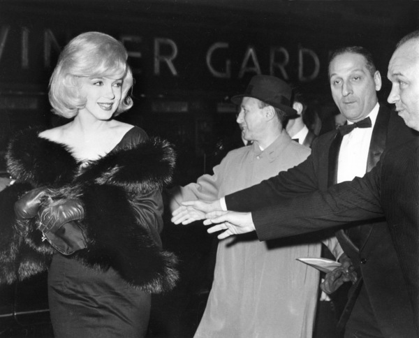 "Marilyn Monroe arriving at the Capitol Theaterfor the Premiere of ""The Misfits,"" c. 1961. - Image 0758_0798"