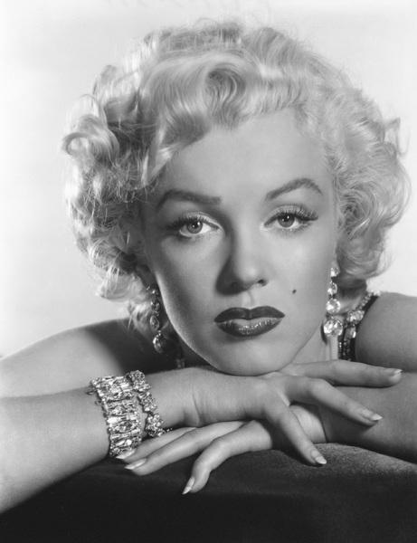 Marilyn Monroecirca 1955** I.V. - Image 0758_1090
