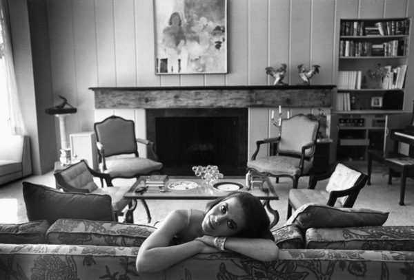 Natalie Wood at home in Bel Air, Ca., 1966. © 1978 Gunther - Image 0764_0268