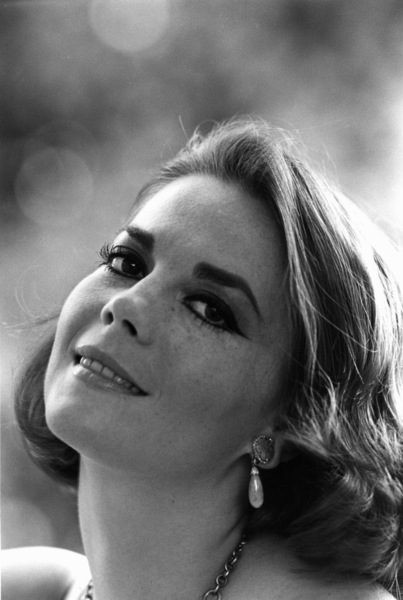 Natalie Wood at home in Bel Air, Ca., 1966. © 1978 Gunther - Image 0764_0271