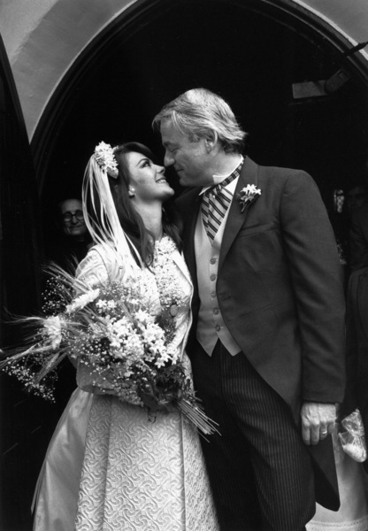 Natalie Wood with her husband Richard Gregson on their wedding day, May 30, 1969. © 1978 Gunther - Image 0764_0303