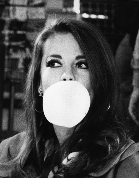 "Natalie Wood during a break in filming ""Bob & Carol & Ted & Alice,"" 1969. - Image 0764_0338"