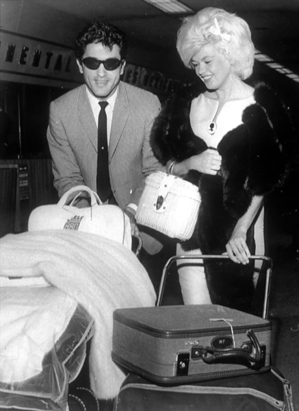 Jayne Mansfield with Nelson Sardelli in Dallas,Texas before flying to Mexico1963 - Image 0774_0552