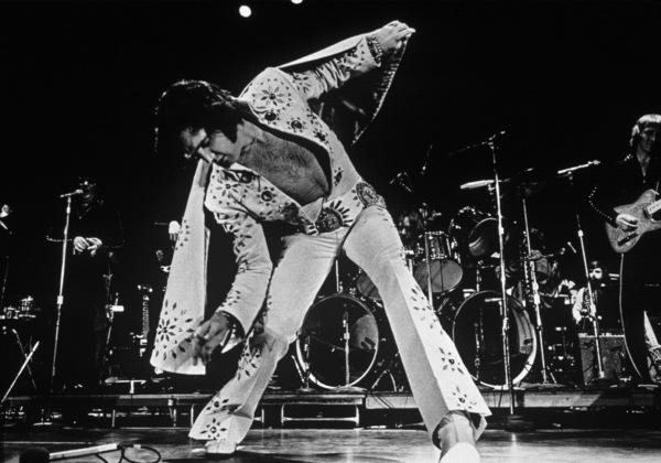 Elvis Presley in concert1972 - Image 0818_0074
