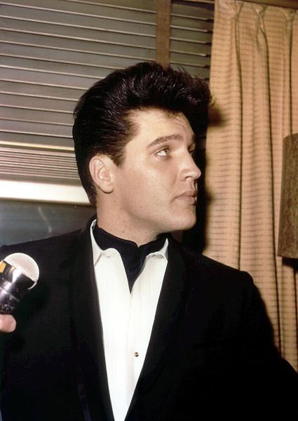 Elvis PresleyApril 20, 1960**I.V. - Image 0818_0575