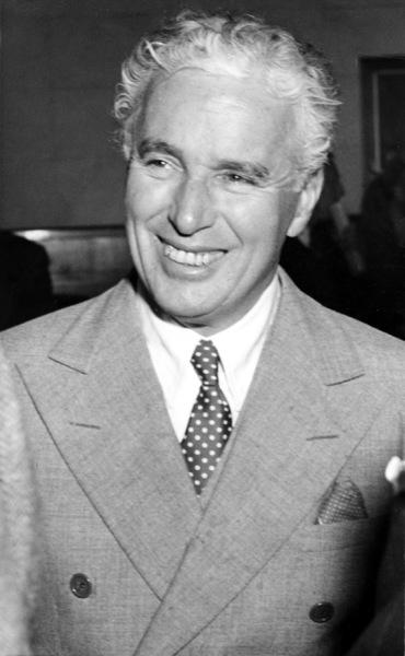 Charlie Chaplinat Joan Barry