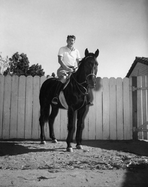 Ronald Reagan at his ranch in Northridge, California 1949 - Image 0871_0125