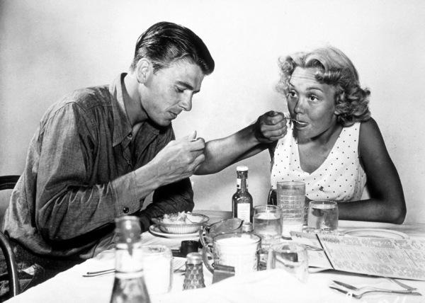 Ronald Reagan with first wife Jane WymanC. 1940MPTV - Image 0871_1115
