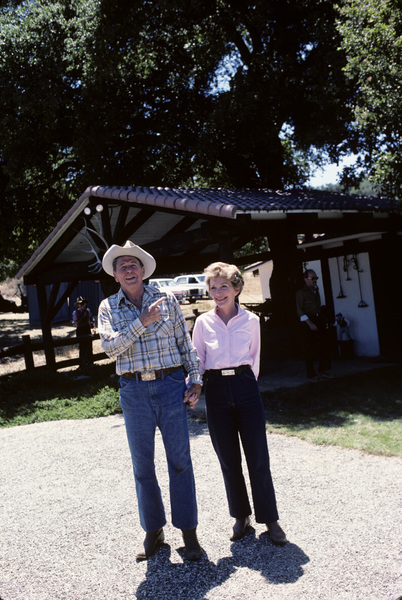 Ronald Reagan with wife, Nancy Reagan, at Rancho del Cielo in Santa Ynez, CA1980© 1980 Gunther - Image 0871_1590