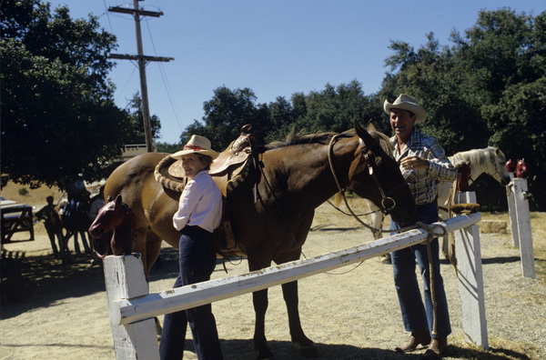 Ronald Reagan with wife, Nancy Reagan, at Rancho del Cielo in Santa Ynez, CA1980© 1980 Gunther - Image 0871_1597