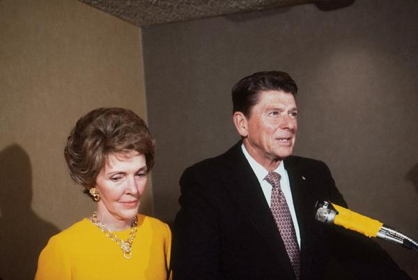 Ronald Reagan with wife Nancy Reagan1980 © 1980 GuntherMPTV - Image 0871_1627
