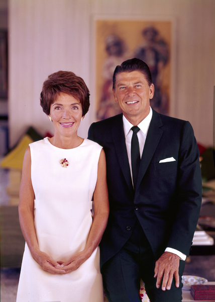Ronald Reagan and wife Nancy Reaganat 1669 San Onofre Dr., Pacific Palisades, CA1966 © 1978 John Engstead**R.L. - Image 0871_1765
