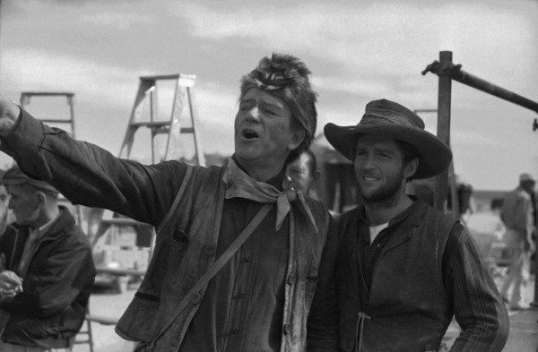 "John Wayne and stuntman Dean Smith on the set of ""The Alamo""1960** I.V. - Image 0898_3455"