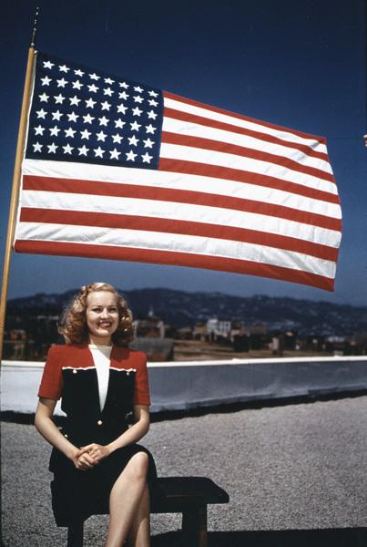 Betty Grablecirca 1945**I.V. - Image 0904_0412