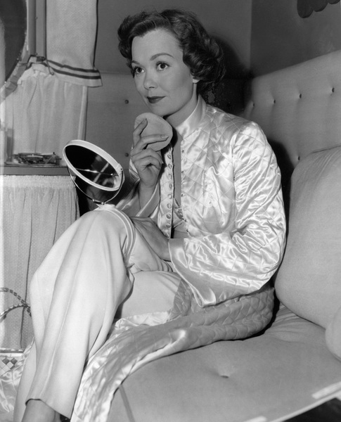 """Jane Wymanbetween the scenes during the filming of """"Stage Fright""""1950 - Image 0907_0126"""