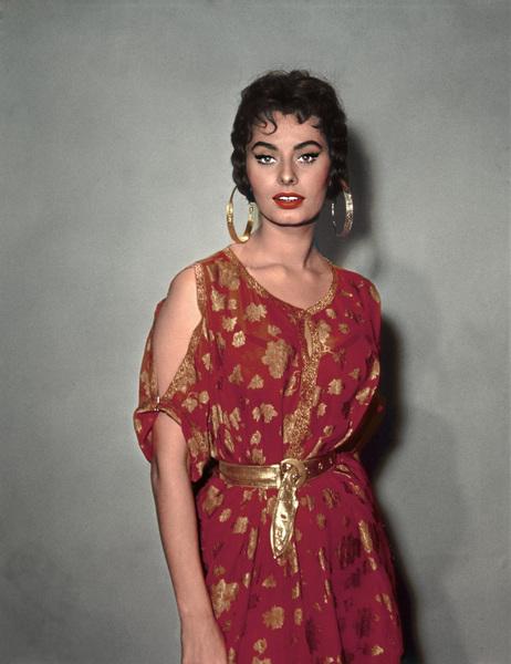 "Sophia Loren in ""Legend of the Lost""1957 - Image 0959_0011"