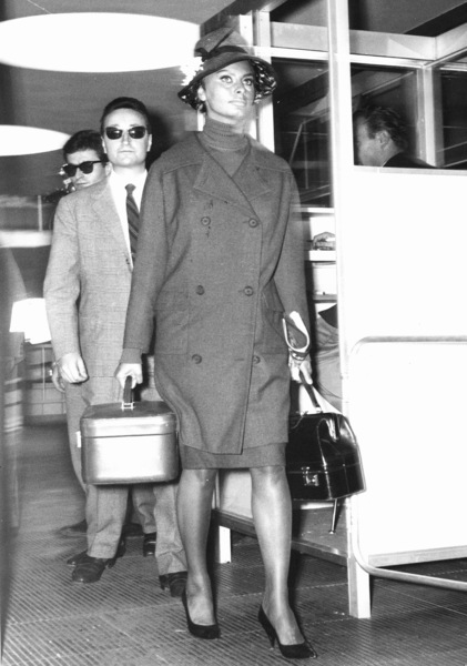 "Sophia Loren at the ""Leonardo Da Vinci""Airport in Rome, 1961. - Image 0959_2083"