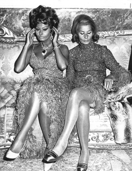 "Sophia Loren with mother duringthe premiere of ""C"