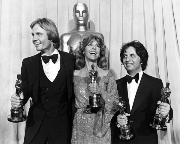 """Jane Fonda and Jon Voight with their Oscars for """"Coming Home"""" and Michael Cimino with his Oscar for directing """"The Deer Hunter"""" at """"The 51st Annual Academy Awards""""** I.V. - Image 0968_1202"""