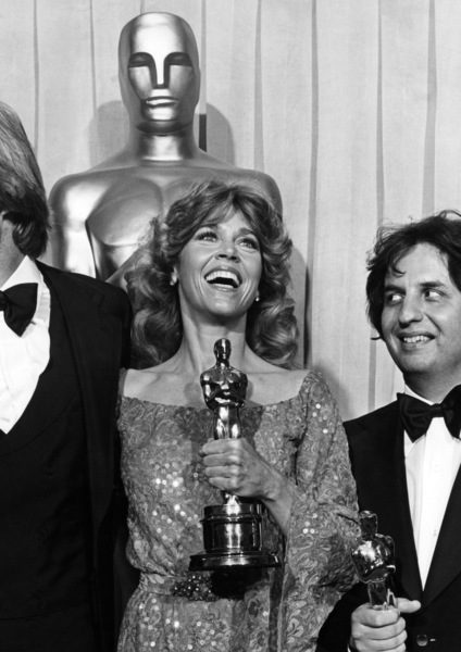 "Jane Fonda and Jon Voight with their Oscars for ""Coming Home"" and Michael Cimino with his Oscar for directing ""The Deer Hunter"" at ""The 51st Annual Academy Awards""1979** I.V. - Image 0968_1206"