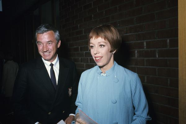 Carol Burnett and husband Joe Hamiltoncirca 1975 © 1978 Gunther - Image 1000_0116