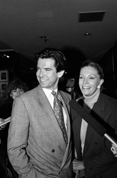 Pierce Brosnan with his wife Cassandra Harris1988 © 1988 Gunther - Image 10412_0031