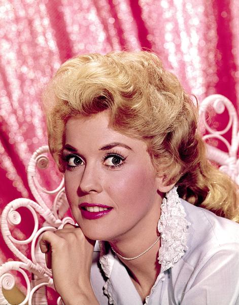 Donna Douglasc. 1966Photo by Gabi Rona - Image 10448_0003