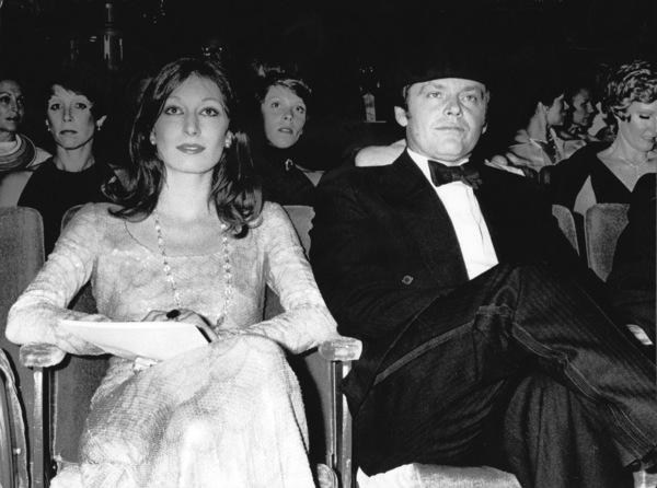 """Academy Awards: 48th Annual""Anjelica Huston, Jack Nicholson1976 © 1978 Ulvis Alberts - Image 10717_0001"