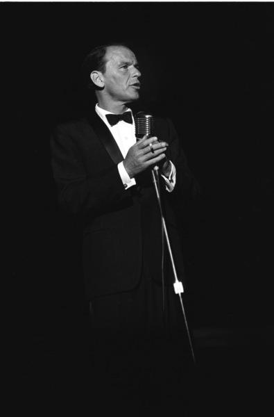 """Share Party""Frank Sinatra1960 © 1978 David Sutton - Image 10730_0017"