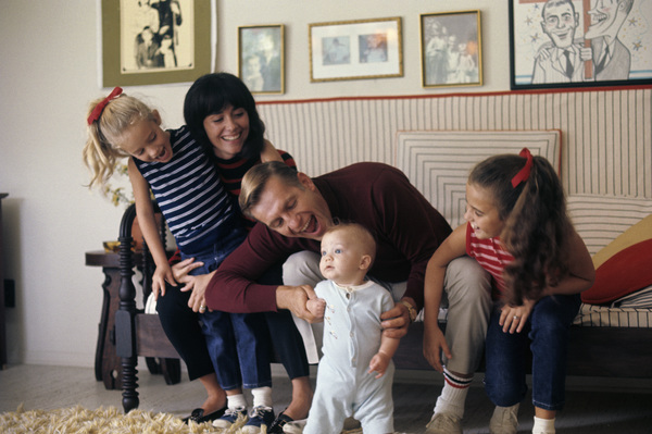 Jerry Van Dyke and his familycirca 1967© 1978 Gunther - Image 10735_0005