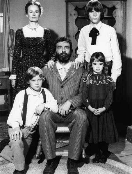 """Little House on the Prairie"" (Episode: Remember Me)Bonnie Bartlett, Radames Pera, Brian Part, Victor French, Kyle Richards1975** H.L. - Image 10790_0114"
