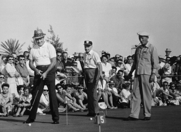 Desert Inn Country Club7th Annual Tournament of ChampionsBob Hope, Bing Crosby1959 © 1978 David SuttonMPTV - Image 10945_0003