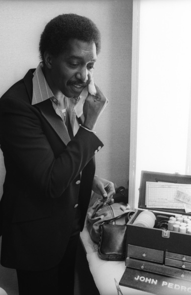 The Temptations in the Soul Train dressing room (Otis Williams)circa 1978© 1978 Bobby Holland - Image 11308_0011