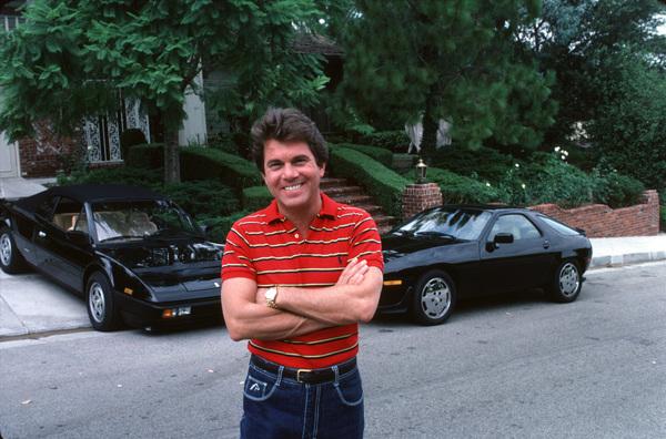 LARRY MANETTIIN LOS ANGELES WITH HIS 928 PORSCHE / 1984 ANDFERRARI MONDAIL /1984 © 1984 GENE TRINDL  - Image 12036_2