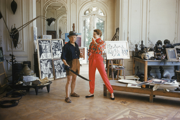 Pablo Picasso with French model Bettina Graziani in his Cannes Villa, La Californie 1955 © 2001 Mark Shaw  - Image 12059_0014