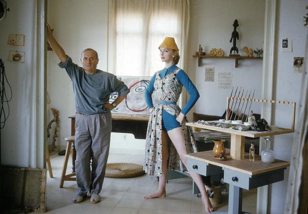 Joan Miro with British model Margaret Philips in his Barcelona studio1955 © 2007 Mark Shaw - Image 12410_0021