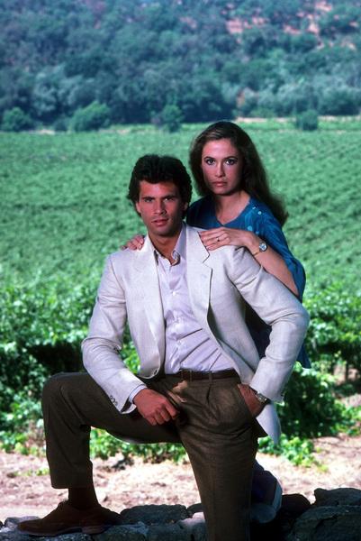 """Falcon Crest""Lorenzo Lamas, Ana Alicia1982 CBS © 1982 Gene TrindlMPTV - Image 12973_0012"