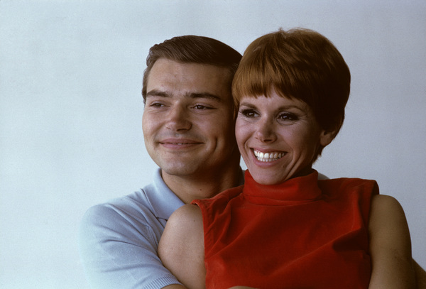 """Love on a Rooftop""Pete Duel, Judy Carne1966© 1978 Ken Whitmore - Image 13180_0001"