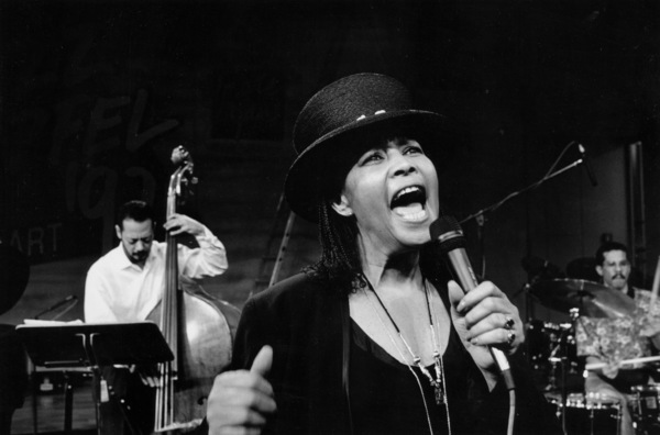 """Abbey Lincoln with Marcus Melaurine (bass) and Taru Alexander (drums) at the """"Jazz Gipfel"""" concert, Stuttgart, Germany, 1992. © 1978 Bob Willoughby / MPTV - Image 13363_24"""