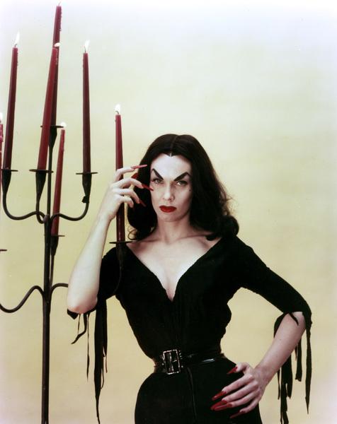 "Maila ""Vampira"" Nurmi 1955 **I.V. - Image 13440_0006"