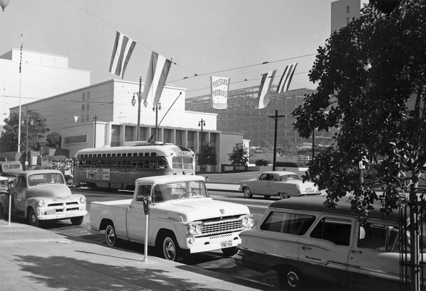 Historical CategoryLos Angeles, CA1959Photo by Leo Caloia** K.B. - Image 13480_0024