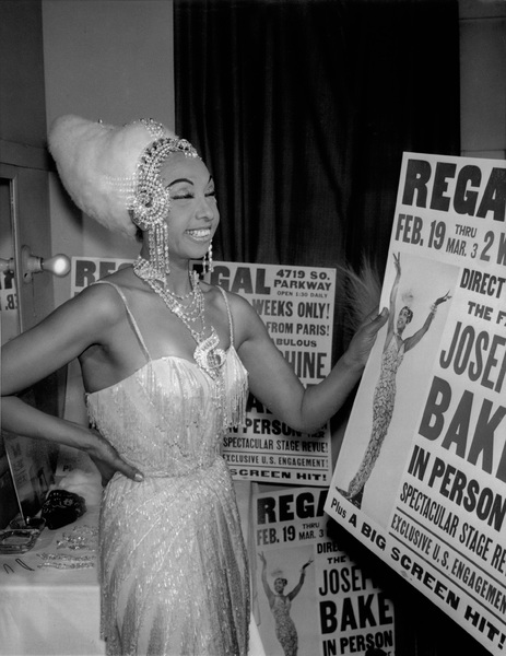 Josephine Baker In her dressing room at the Regal Theater, Chicago.1960 - Image 13694_0014