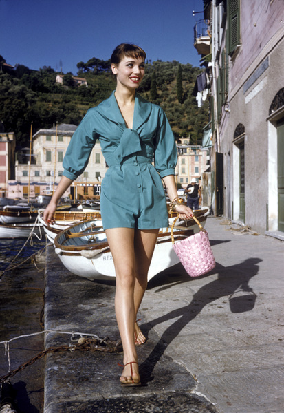 Elsa Martinelliin Portofino, Italy1/10/1955 © 1978 Mark Shaw - Image 16013_0006