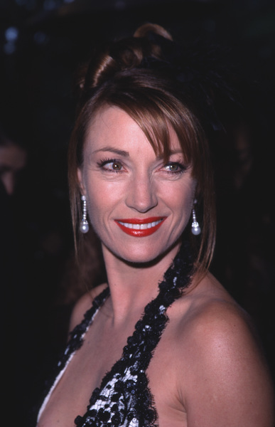 """Night of One Hundred Stars,""Jane Seymour.  3/26/00 © 2000 Glenn Weiner - Image 16467_0003"